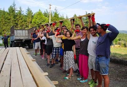 One Caucasus 2016 - przygotowanie do budowy miasteczka festiwalowego (www.OneCaucasus.org)