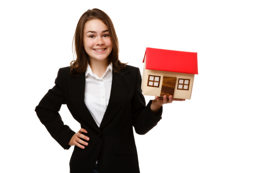 real-estate-agent.jpg