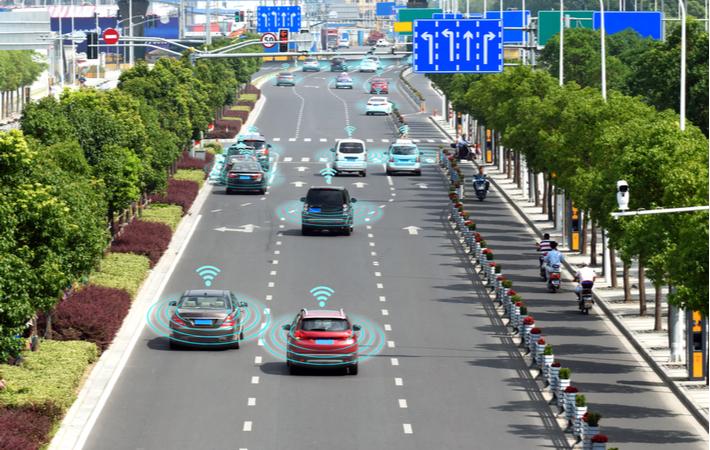 autonomous cars using 5g internet to drive