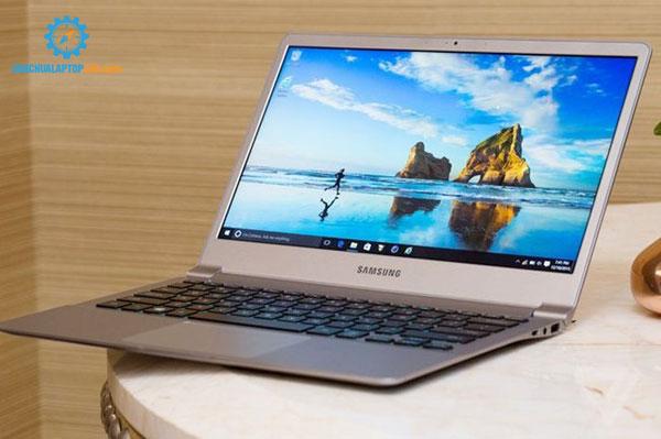 laptop-mong-nhe-2