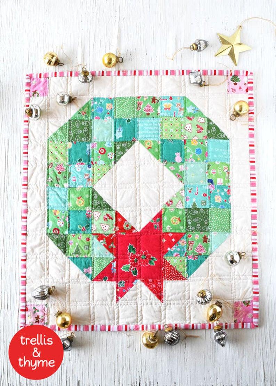 Merry wreath mini quilt wall pattern