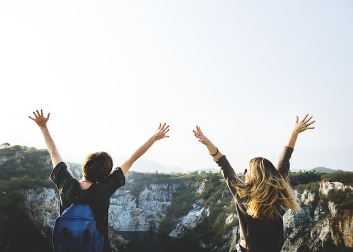 Viajar solo o en grupo