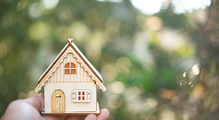 Expert Insights on the 2020 Housing Market | MyKCM