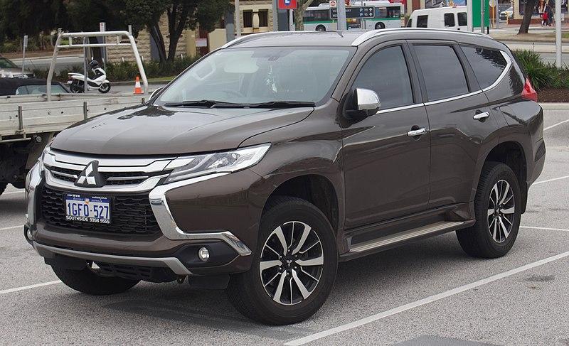 File:2017 Mitsubishi Pajero Sport (QE) GLS wagon (2018-08-06) 01.jpg
