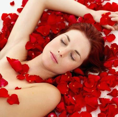 Chăm sóc da từ tinh dầu tự nhiên