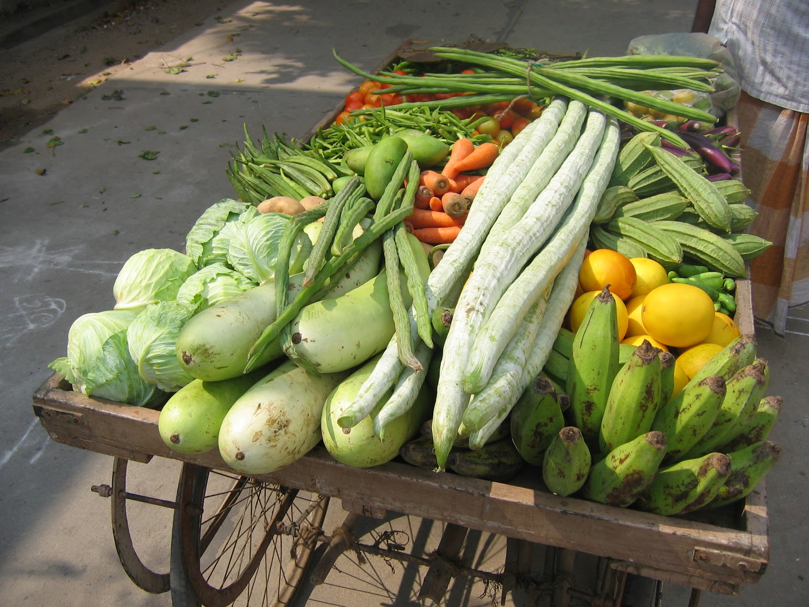 Vegetable_Cart_in_Guntur.jpg