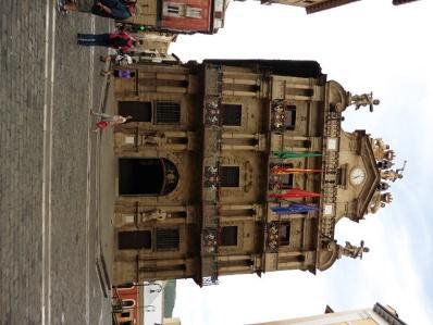 C:\Users\primo\Desktop\Santiago\6-1 Pamplona palazzo civico.JPG