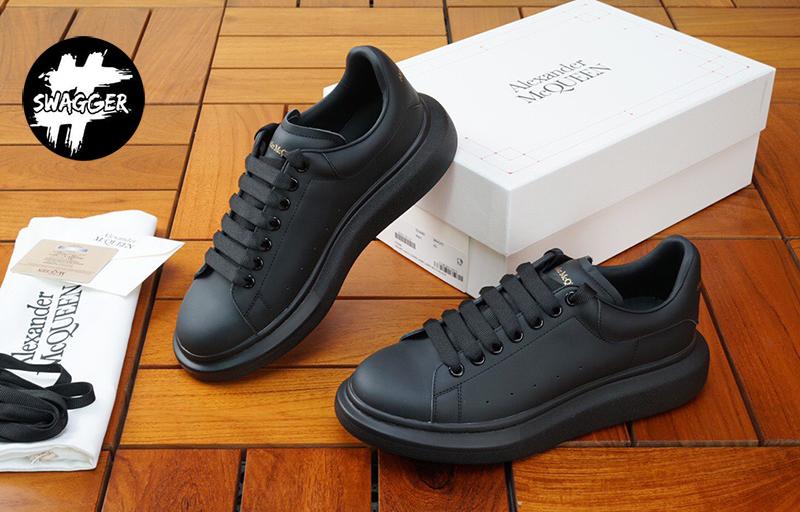 Giày alexander mcqueen Full Black Like Auth có phần đế khá cao