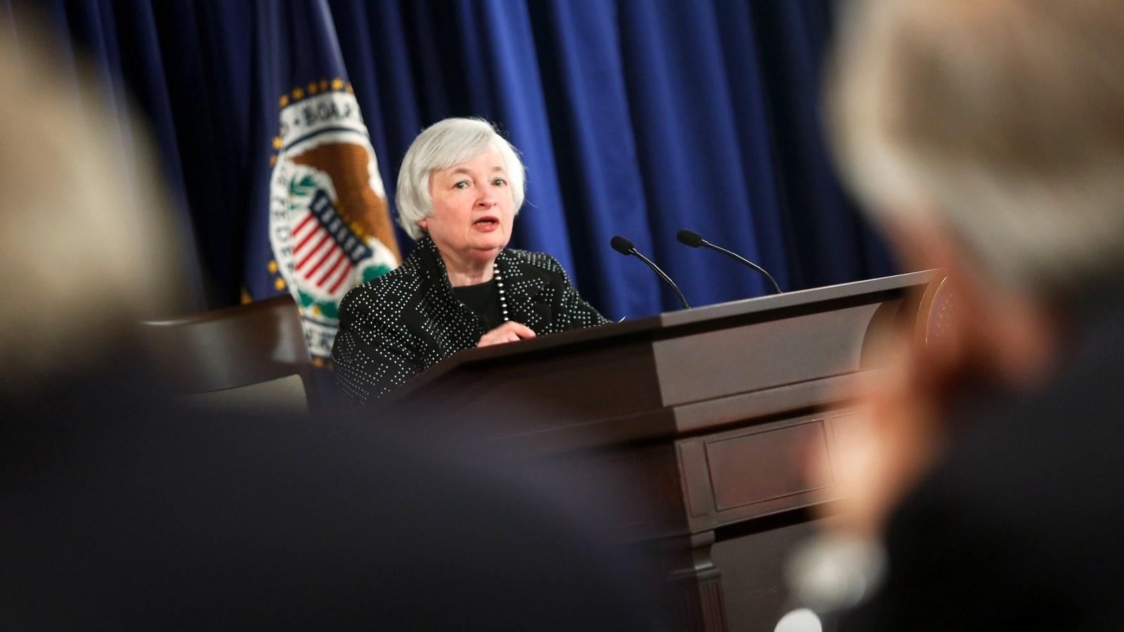 """Janet Yellen: """"Bạn sẽ không thể mãi thành công"""""""