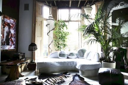 http://1.bp.blogspot.com/-7DsZHRmEhWs/UD3n5clQQVI/AAAAAAAAHmE/QK78EidHy_A/s640/bohemian+home+plants+inspiration.jpg