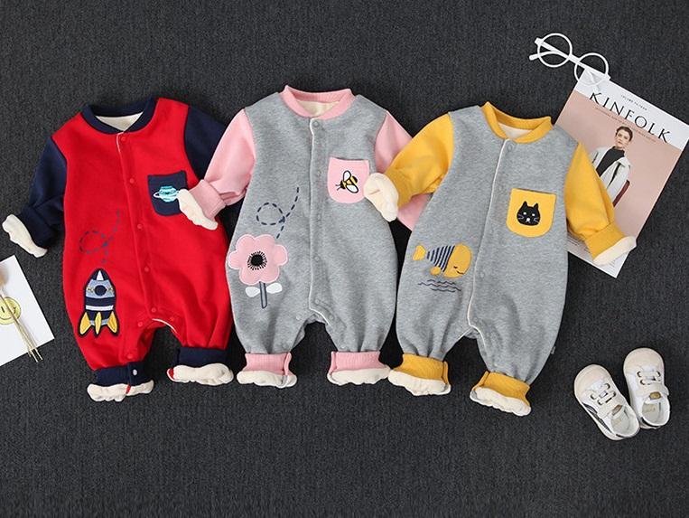 Kombinezon dresowy zimowy dla niemowlaka 6