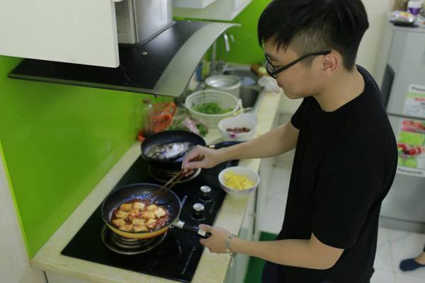 Hãy nấu cho đối phương 1 bữa ăn ngon