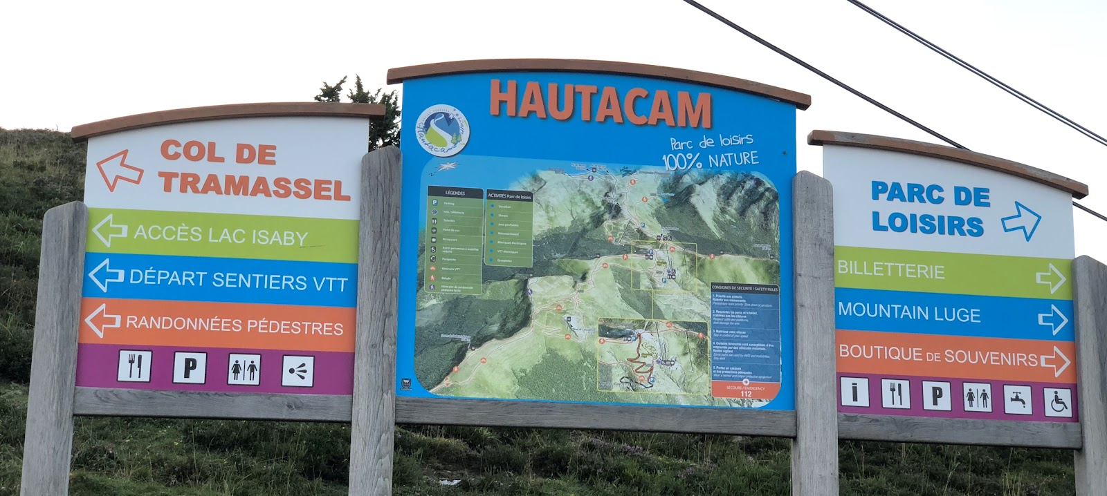 Cycling Hautacam, ski resort and col de Tramassel sign