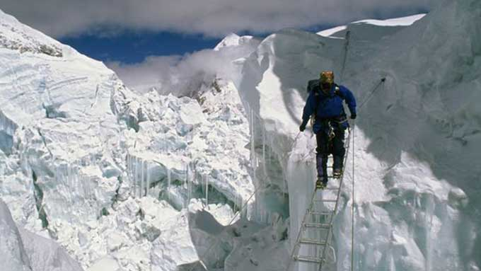 Pic: On the way to Mount Everest