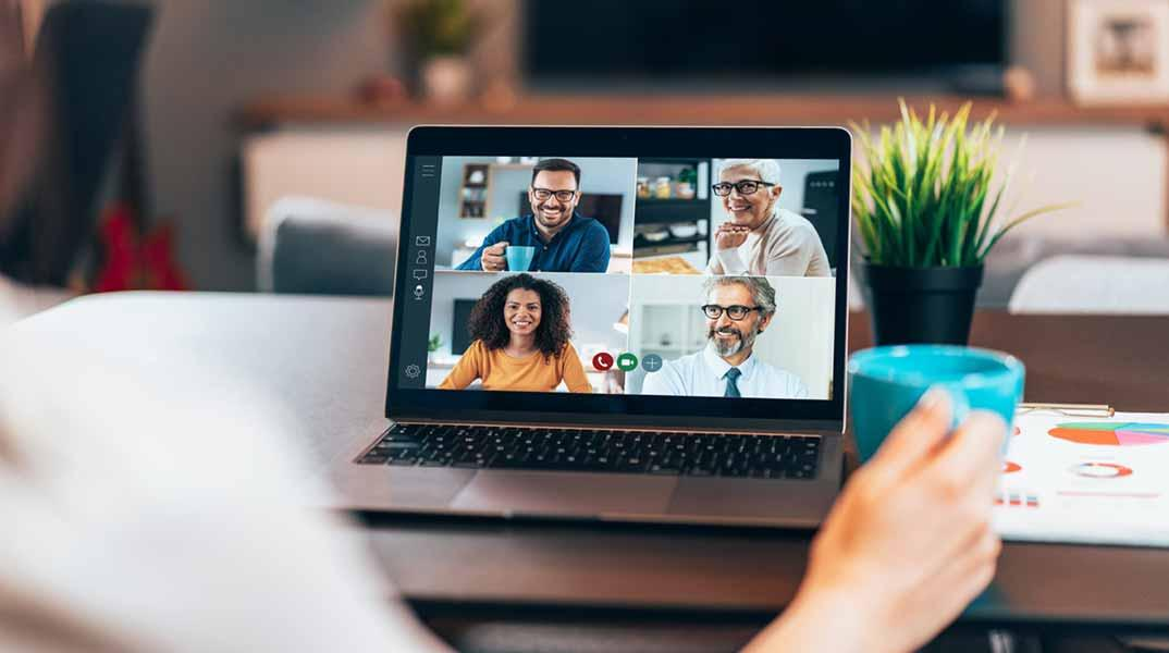Managing Remote Employees: How to Lead From a Distance | CCL