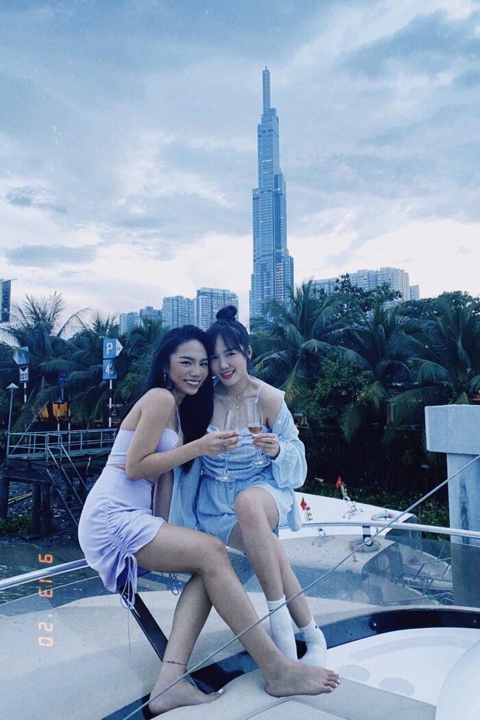 Vũ Thảo My tổ chức sinh nhật cùng bạn bè bên du thuyền - ảnh 7