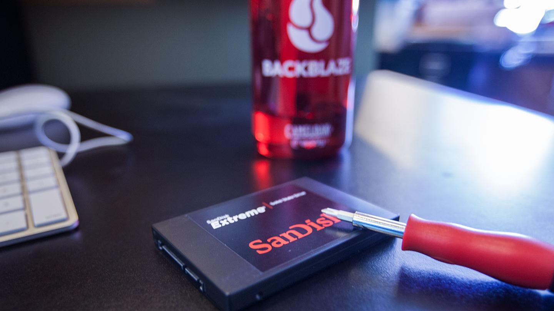 Khắc phục laptop không nhận thẻ SD như thế nào?
