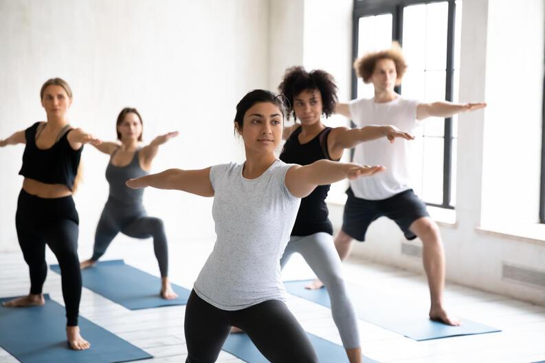 cuanto ejercicio se debe hacer al dia para contrarestar 8 horas de oficina 7