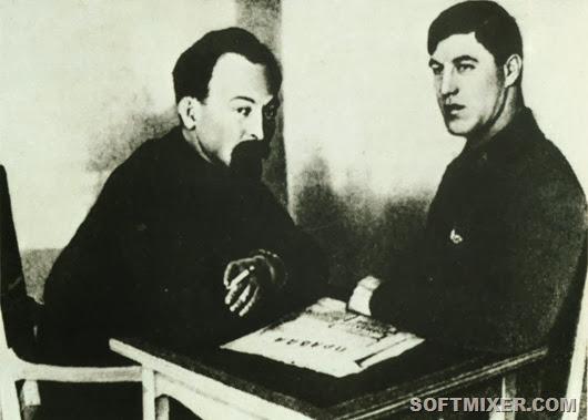 Мартынов (справа) с Дзержинским
