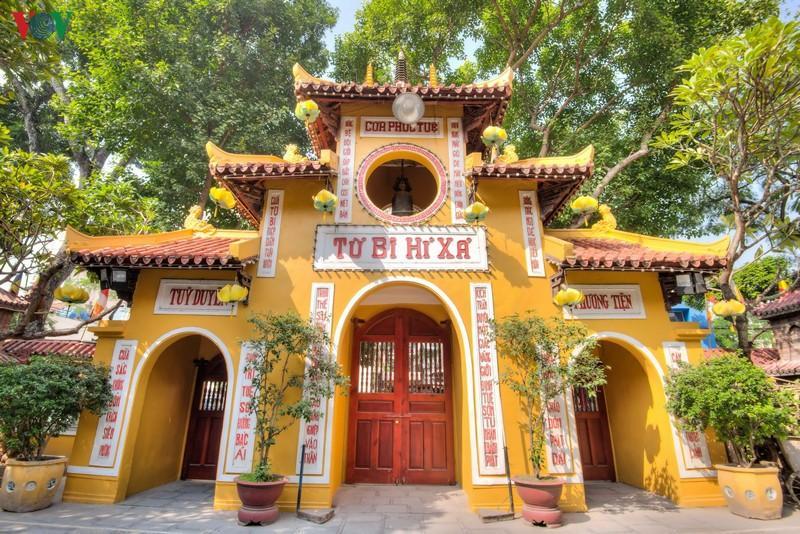 3 ngôi chùa tại Hà Nội tấp nập trong mùa lễ Vu Lan