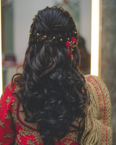 32 Hairstyle Ideas On Saree For Wedding