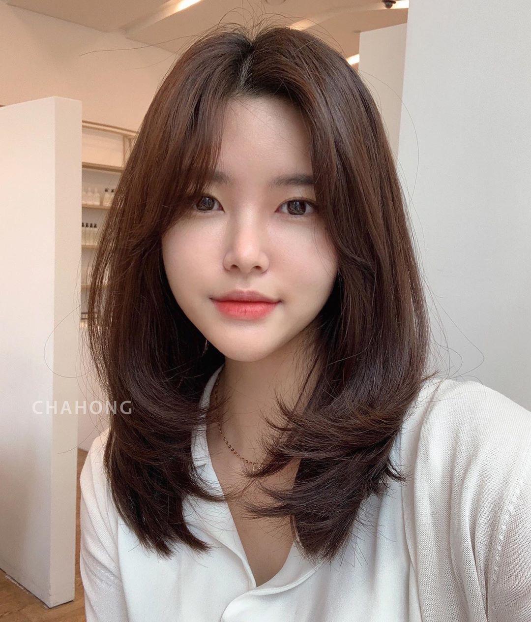 Top 9 kiểu tóc layer nữ đón đầu xu hướng 2021 | Kemtrinamda.vn