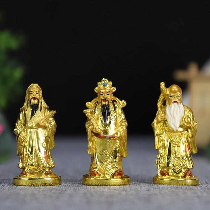 Ảnh có chứa vàng  Mô tả được tạo tự động