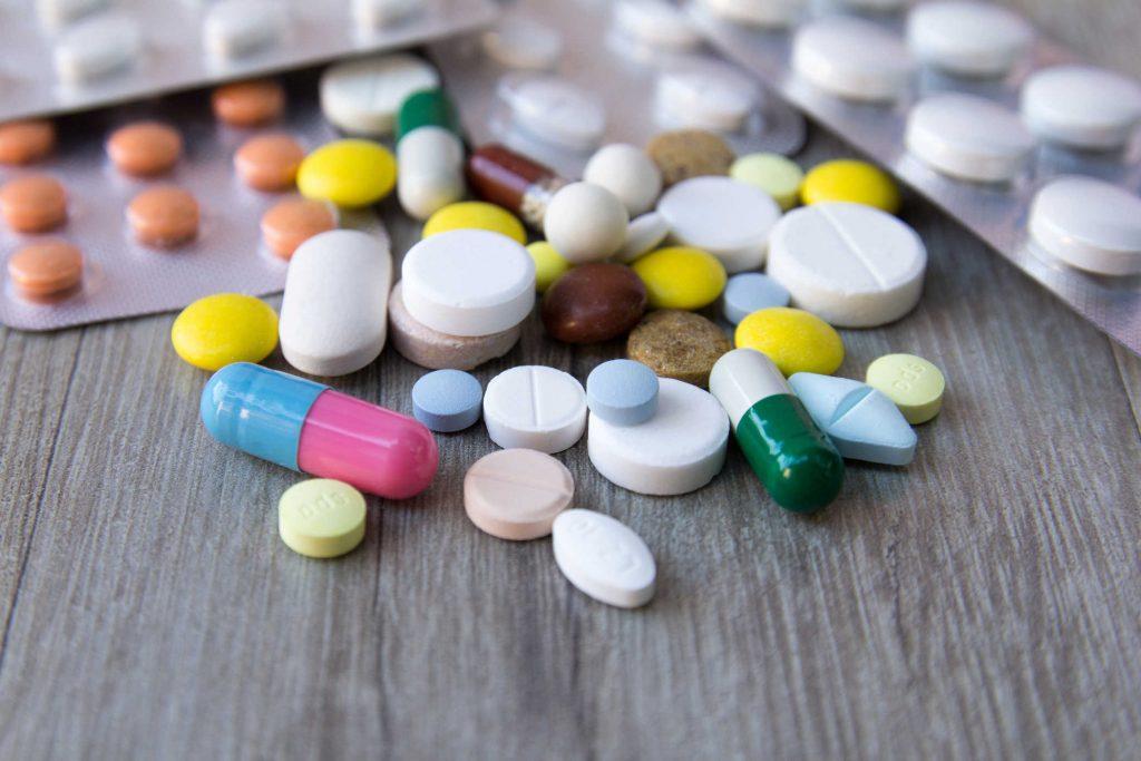 Điều trị triệu chứng bệnh bằng thuốc