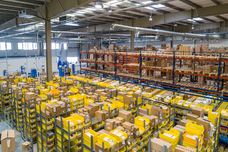 Different types of warehouses