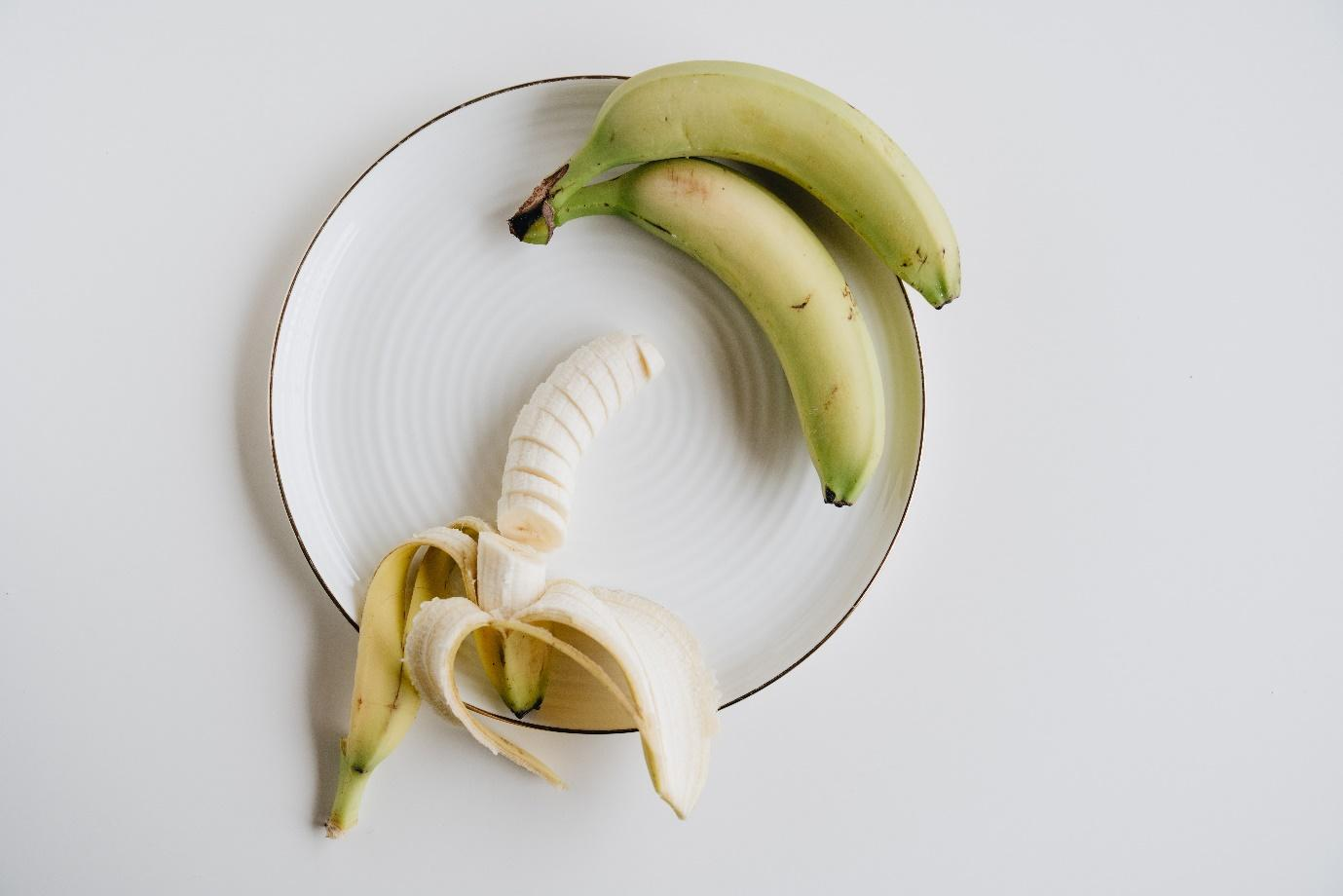 A picture containing banana, vegetable  Description automatically generated