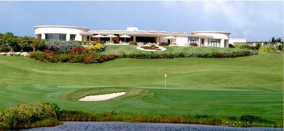 sandy lane barbados is one of four golf courses recommended to play on the Island.
