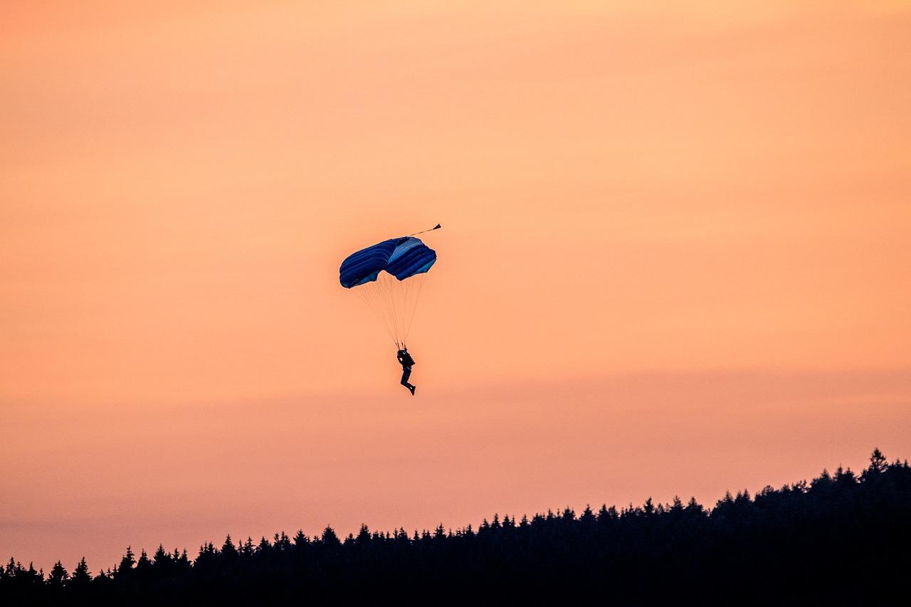 skydive - bucket list