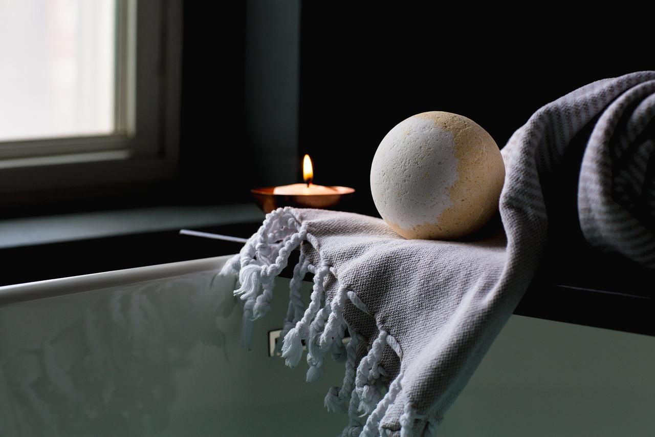 bath-2562225_1280.jpg