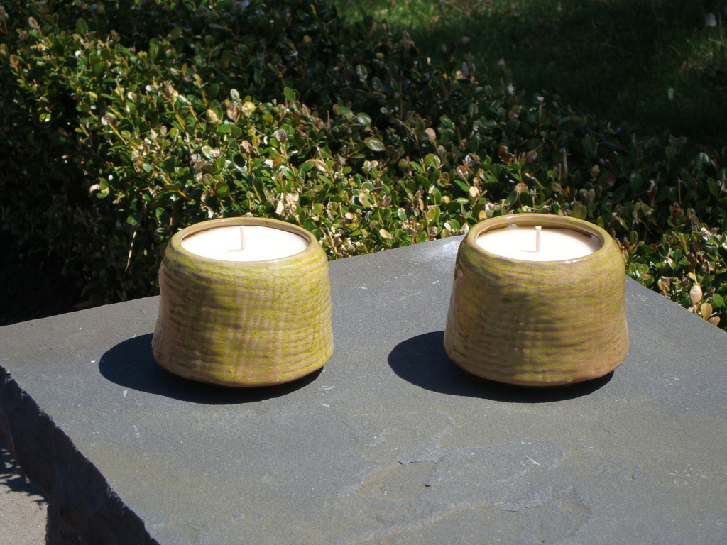 Light green unscented Patio Candle
