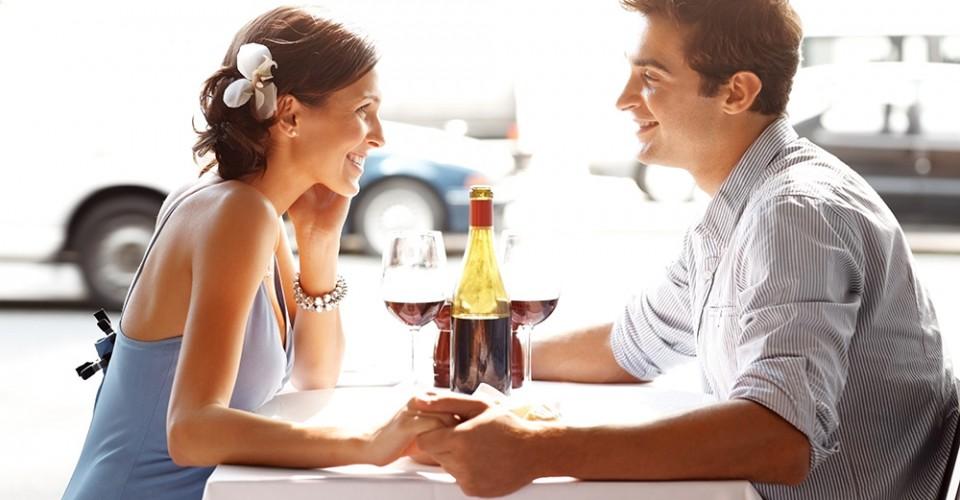 Bắt đầu những mối quan hệ bằng việc hẹn hò với người khác