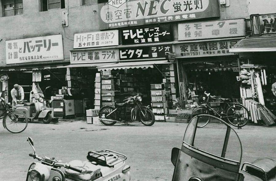 Район Акихабара, 1960-е.