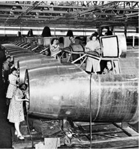 Women Assemble Planes WWII.jpg