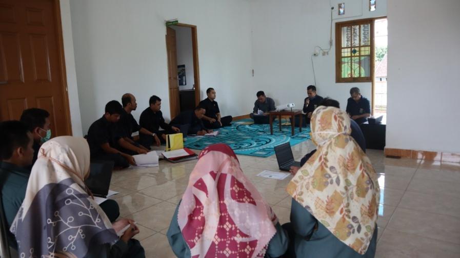 http://pa-tamianglayang.go.id/images/WhatsApp%20Image%202020-05-06%20at%2008.44.07.jpeg