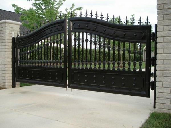 Kinh nghiệm chọn màu sơn cửa cổng đẹp và ý nghĩa