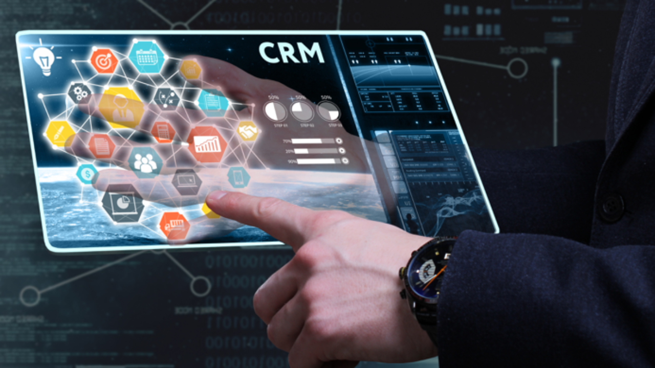 Top 10 Free CRM Software of 2020 - Features & Comparison - ComHQ
