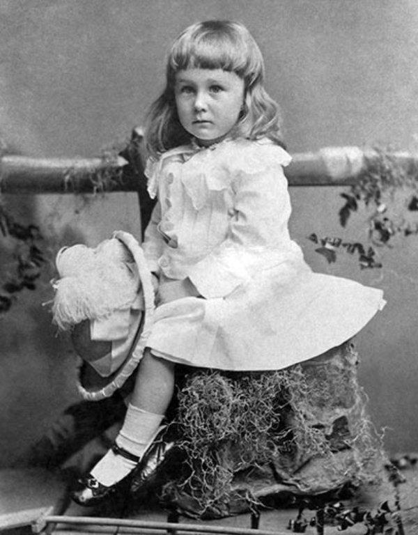 Franklin-Roosevelt-1884.jpg
