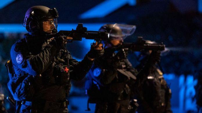 Полиция во время протестов в Орегоне