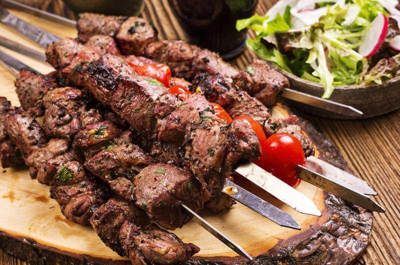 کباب چنجه سنتی و خوش طعم