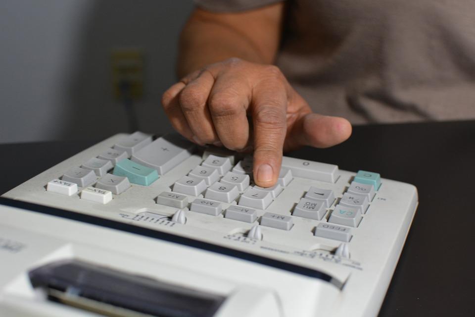 accounting-806393_960_720.jpg