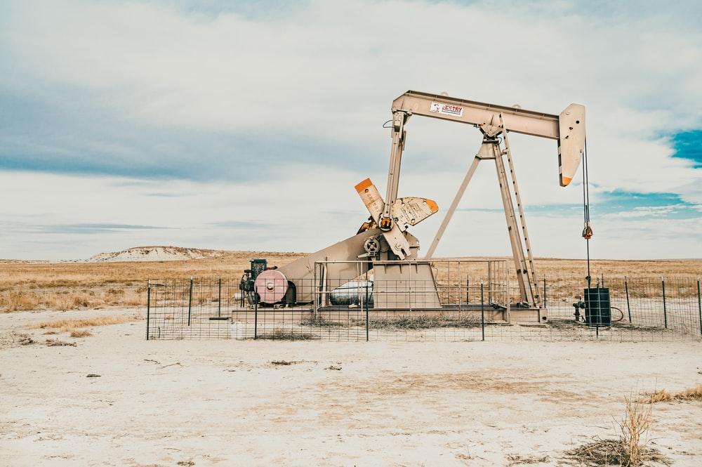 石油系ワックス