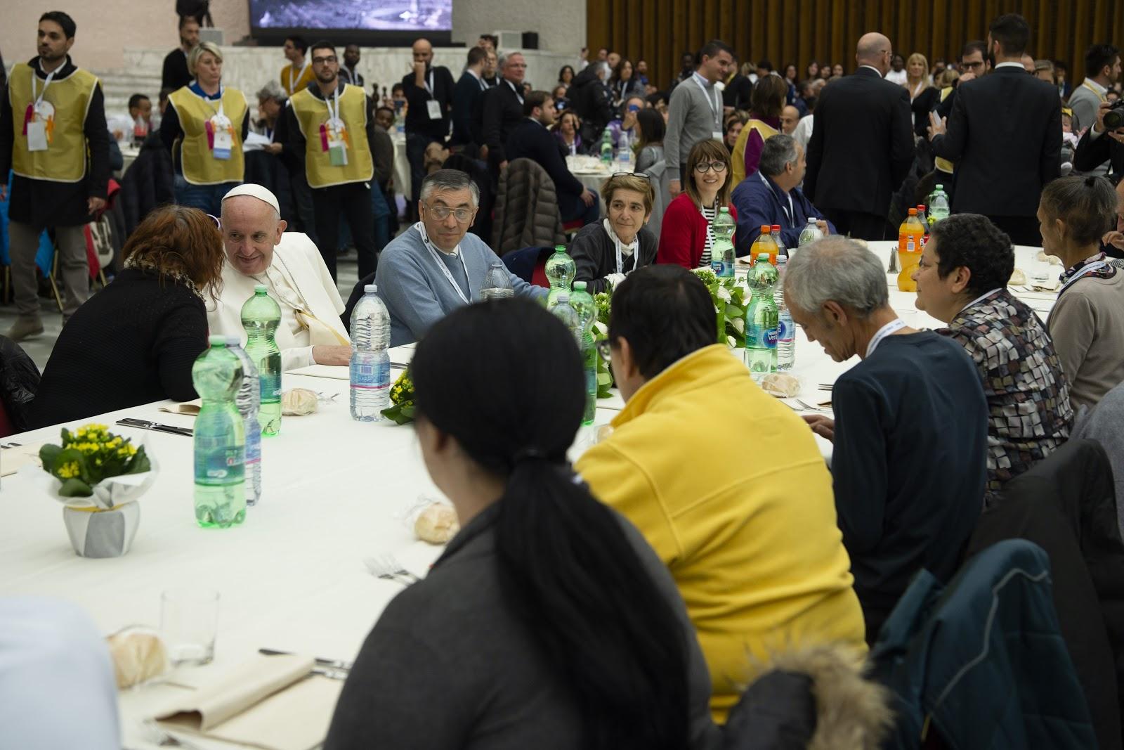 Ngày quốc tế người nghèo: Đức Thánh Cha sẽ dùng bữa trưa với 1.500 khách mời