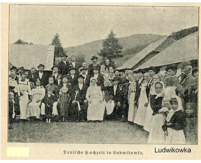 Весілля у Лювіківці
