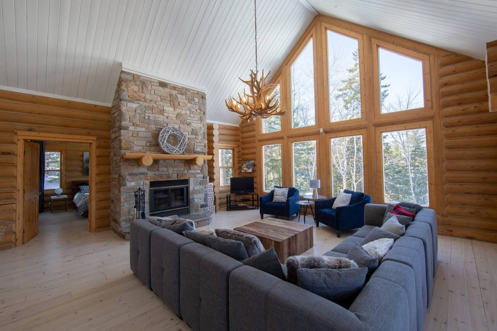 #8 listing of Cottages for rent in the Laurentians of Quebec on WeChalet