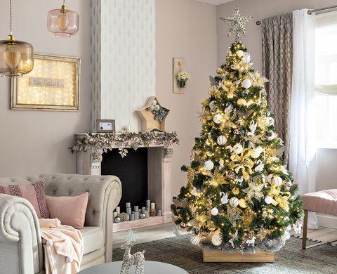 Los árboles más raros y originales de esta Navidad - Especial