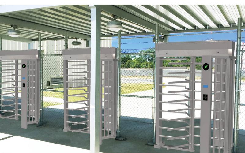 Cổng full height dùng tại nhà máy